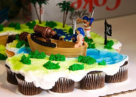 Baby G Pirate Cake