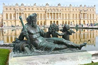 Versailles back La Seine