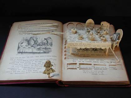 Alice_book